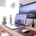 在宅ワークの必須アイテム・ノートPC・MacBookAirの最強相棒【フリーランス仕事術】
